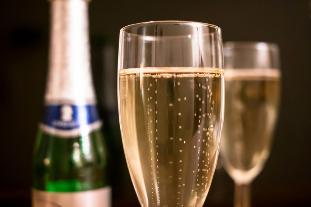 Free champagne offer encourages superyacht industry to embrace video interviewing