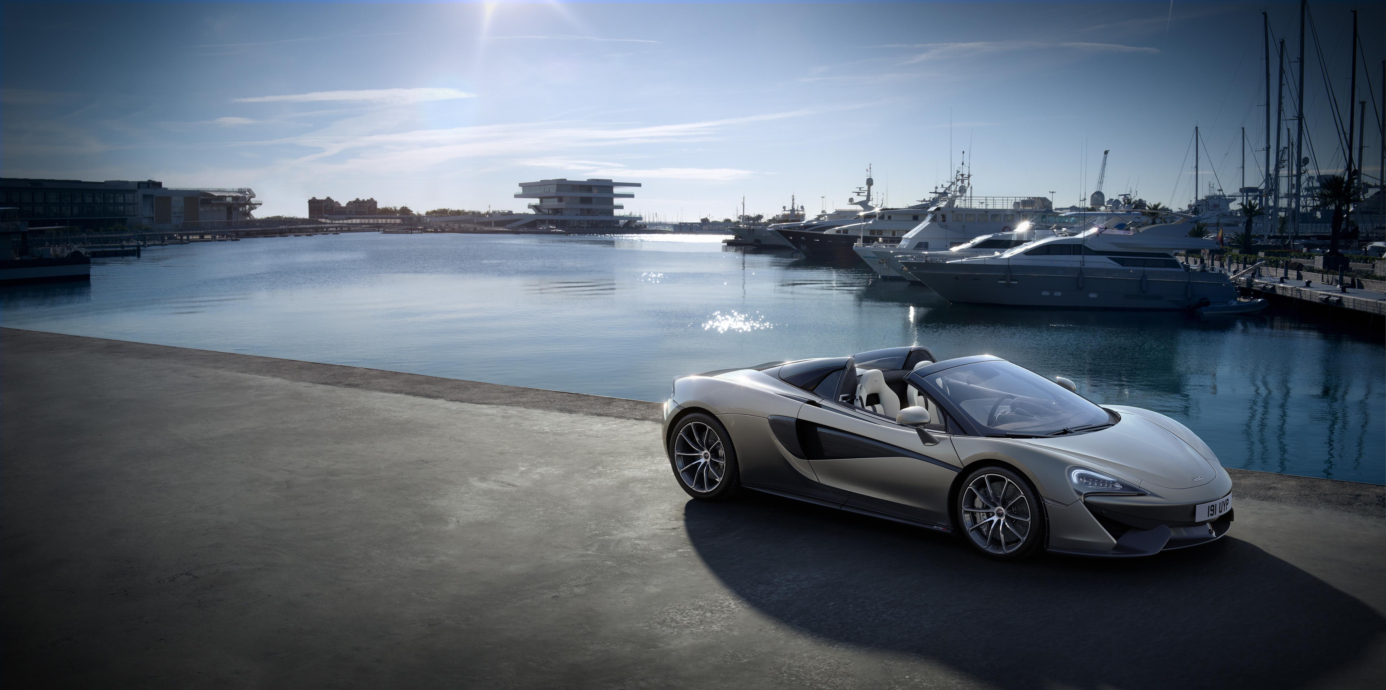 MacLaren_Monaco Yacht show